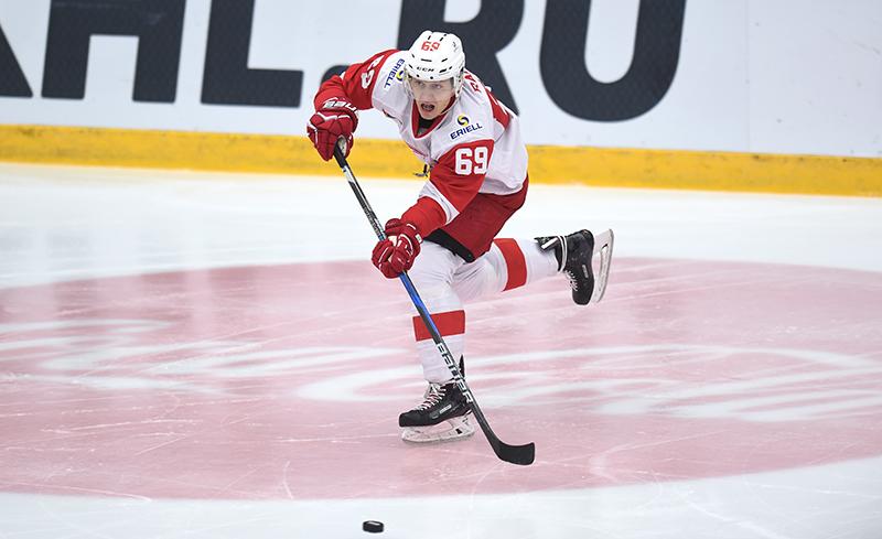 Лукаш Радил подписал контракт с клубом НХЛ «Сан-Хосе»