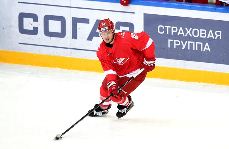 Константин Глазачев покидает «Спартак»