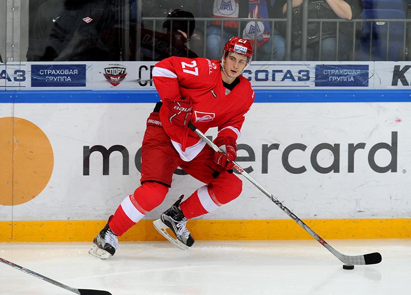 Вячеслав Лещенко продолжит выступать за «Спартак»