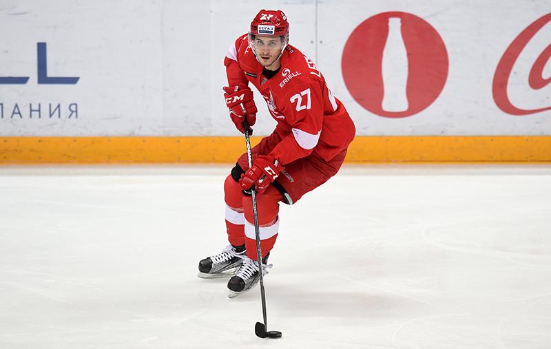 Поздравляем нападающего «Спартака» Вячеслава Лещенко!
