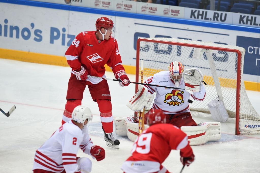 Райан Стоа продолжит играть за «Спартак»
