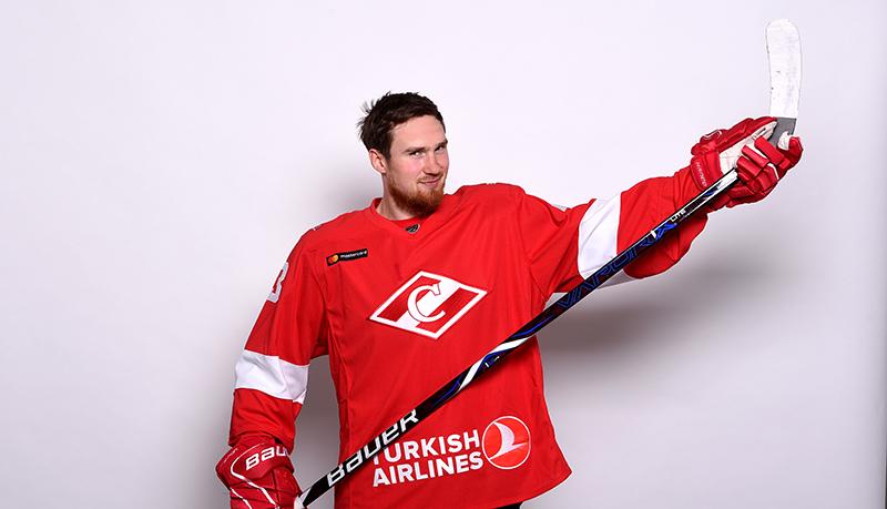 Ярослав Дыбленко: И мир посмотрел, и в хоккей поиграл
